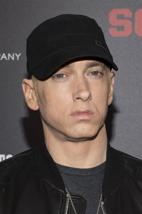 Suge Knight tried to kill Eminem in 2001, alleges rapper's