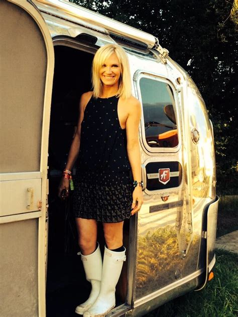 Glastonbury Style! Jo Whiley's White Wellies | Spotted